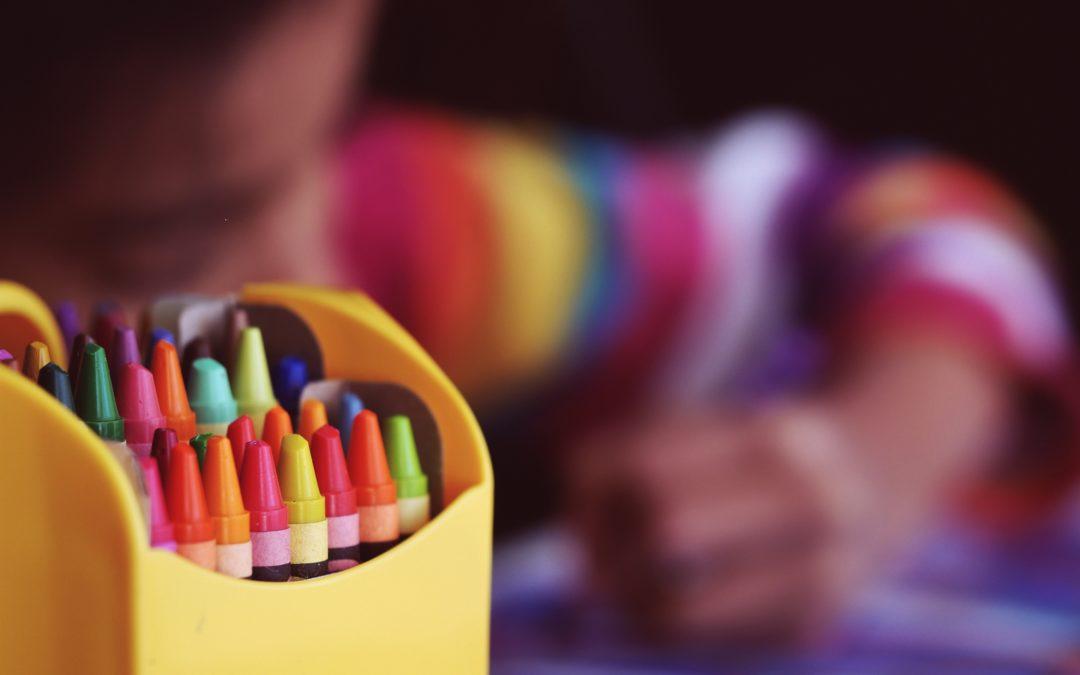 Agencer le mobilier pour stimuler l'éveil de l'enfant en milieu scolaire