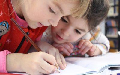 Mobilier scolaire : pourquoi choisir des solutions ergonomiques et modulables